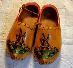 sepatu-belanda